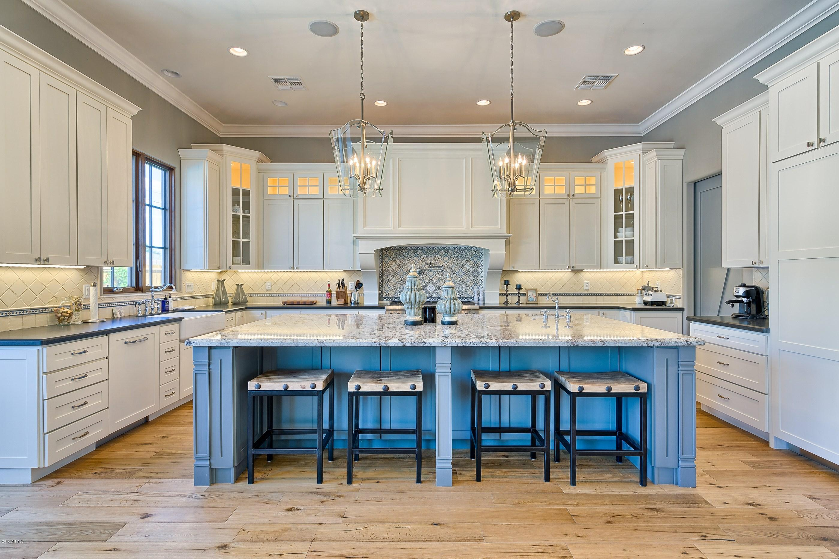 top kitchen trends - pop of color