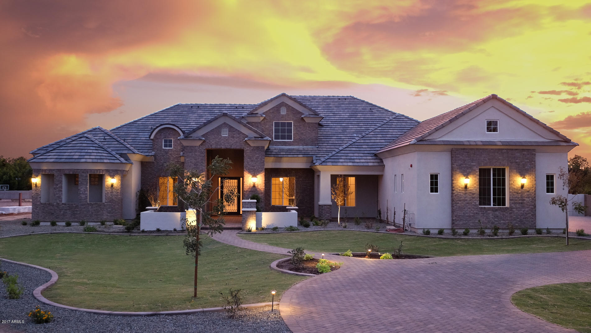 Simple Saving Tips To Purchase Your Dream Home In a Year!